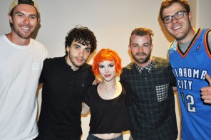 paramore with guy and clint from new zealand
