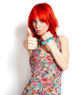 Hayley-Williams-Cosmopolitan-Outtakes-paramore-21187402-375-500